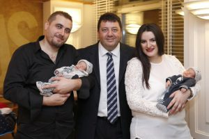 Au fost protagoniştii unui miracol, rezistând timp de 10 săptămâni într-un pahar de lichid amniotic